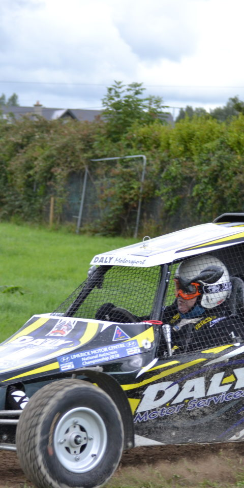 Event COC Tommy Daly won Best KDMC Award in his Semog Buggy